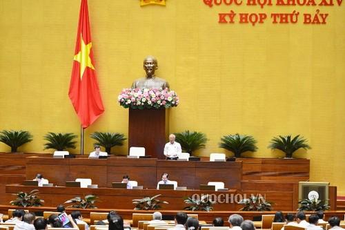 Quốc hội tiếp tục thảo luận nhiều vấn đề quan trọng tại kỳ họp thứ 7, Quốc hội khóa XIV - ảnh 1