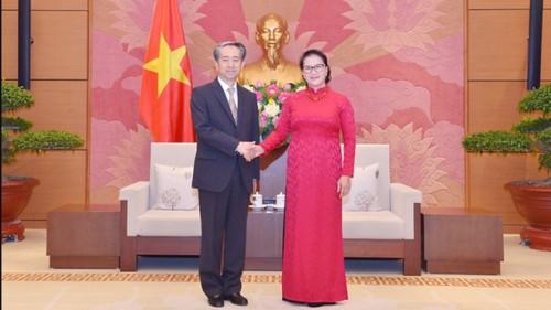 Chủ tịch Quốc hội Nguyễn Thị Kim Ngân tiếp Đại sứ Trung Quốc - ảnh 1