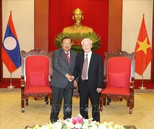 Tổng Bí thư, Chủ tịch nước Nguyễn Phú Trọng tiếp Tổng Bí thư, Chủ tịch nước Lào Bounnhang Vorachith - ảnh 1