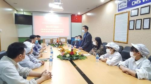 Giai cấp công nhân Việt Nam: vượt qua khó khăn, tự tin hội nhập - ảnh 2