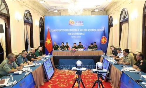 Hội nghị trực tuyến Nhóm làm việc quan chức Quốc phòng cấp cao ASEAN - ảnh 2