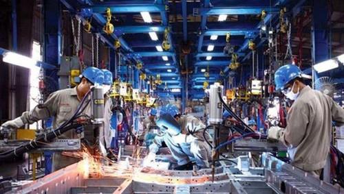 Việt Nam trước cơ hội vàng tái khởi động nền kinh tế - ảnh 2