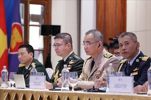 Hợp tác quân sự vì một ASEAN gắn kết và chủ động thích ứng - ảnh 3