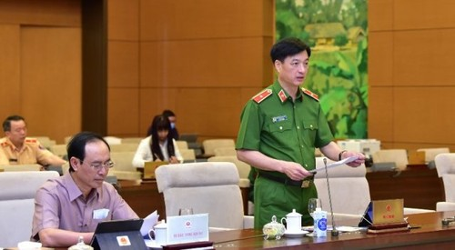 Uỷ ban Thường vụ Quốc hội cho ý kiến về các báo cáo quan trọng - ảnh 2