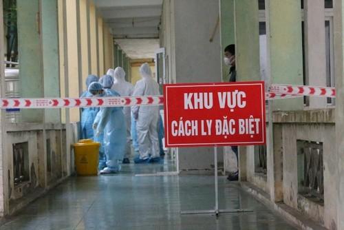 Việt Nam ghi nhận thêm 2 bệnh nhân mắc COVID-19 là người nhập cảnh - ảnh 1