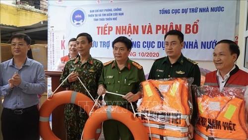 Phân bổ hàng hóa, thiết bị hỗ trợ nhân dân khắc phục hậu quả lũ lụt - ảnh 1