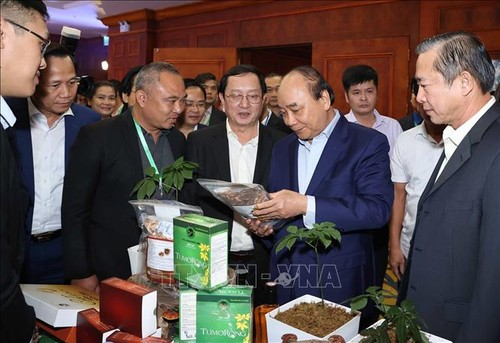 Thủ tướng Nguyễn Xuân Phúc dự Diễn đàn Thanh niên khởi nghiệp 2020 - ảnh 3