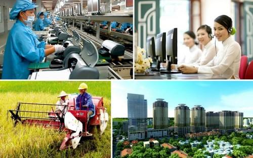 Việt Nam đặt mục tiêu phấn đấu tốc độ tăng trưởng GDP khoảng 6,5% trong năm 2021 - ảnh 1