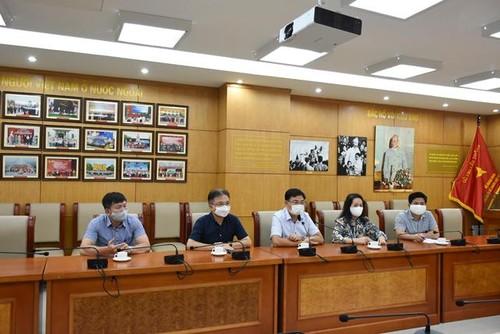 Người Việt tại Cộng hòa Séc ủng hộ Quỹ Vaccine phòng chống Covid-19 - ảnh 2