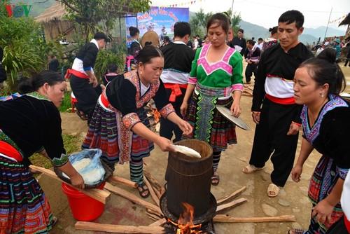 Bánh giầy trong đời sống đồng bào Mông Tây Bắc - ảnh 3