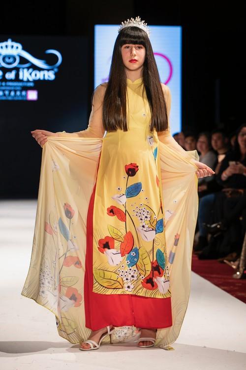 """Áo dài Việt Nam """"đốn tim """" khán giả thời trang London  - ảnh 17"""