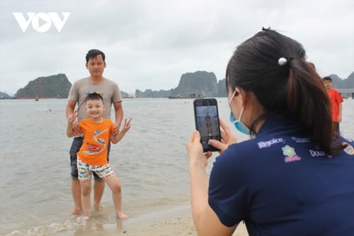 Bãi tắm mới trên đường bao biển Hạ Long sẽ khai trương dịp nghỉ lễ 30/4 - ảnh 10
