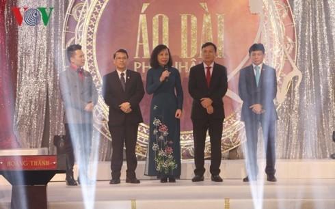 Vietnamitas en Europa crean Fondo de Caridad en apoyo a compatriotas - ảnh 1