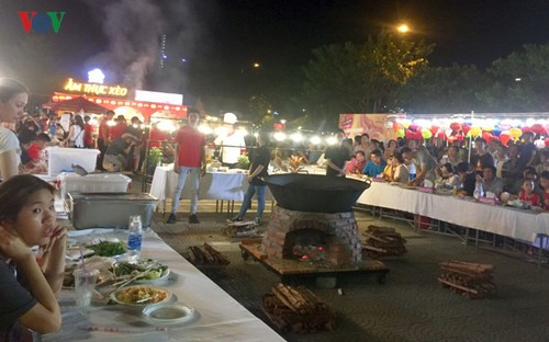 Platos de 12 países en Festival Internacional de Gastronomía de Da Nang - ảnh 1