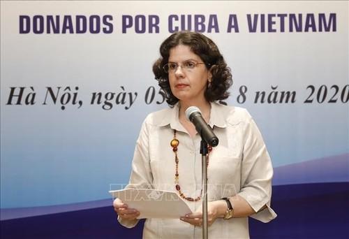 Medicamentos y especialistas cubanos en Vietnam: un apoyo oportuno - ảnh 1