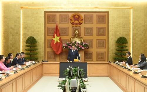 Primer ministro vietnamita recibe a representantes de Vasean - ảnh 1