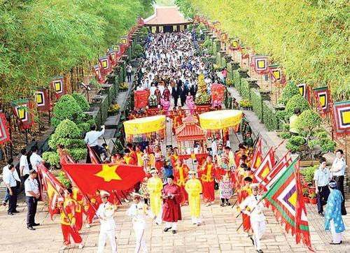 Los vietnamitas, orgullosos de sus raíces - ảnh 1