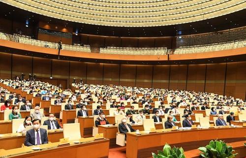 Gobierno vietnamita vela por el bienestar del pueblo en medio del covid-19 - ảnh 1