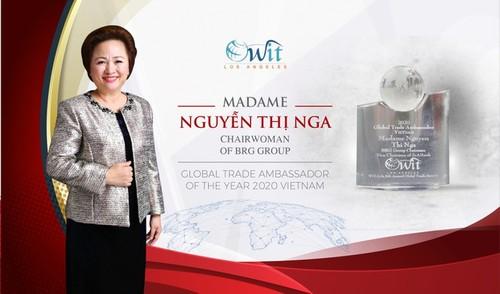 """Nguyên Thi Nga honorée """"Ambassadrice du commerce international"""" - ảnh 1"""