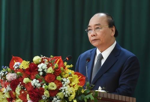 Nguyên Xuân Phuc présente ses vœux de Têt à la division de défense aérienne de Hanoï - ảnh 1