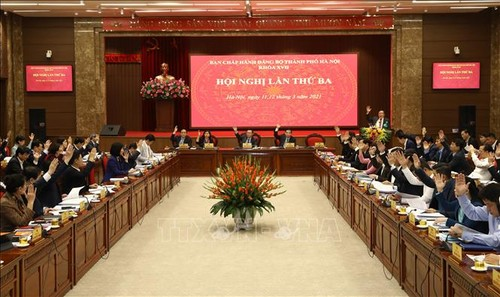 Hanoï prévoit 10 programmes pour mettre en œuvre la résolution du 13e Congrès national du Parti - ảnh 1