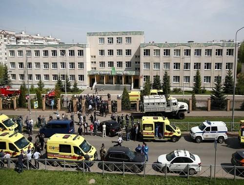 Russie: une fusillade dans une école à Kazan fait plusieurs morts - ảnh 1