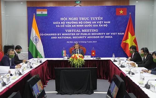Promouvoir la coopération entre le ministère vietnamien de la Sécurité publique et le conseil indien de la Sécurité nationale - ảnh 1