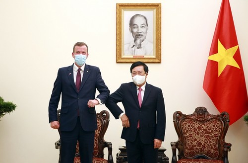 Campagne vaccinale, le point fort de la diplomatie vietnamienne - ảnh 1