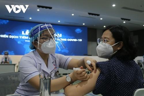Campagne vaccinale, le point fort de la diplomatie vietnamienne - ảnh 3