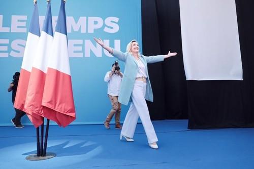 France : Marine Le Pen est candidate à l'élection présidentielle pour la 3e fois - ảnh 1