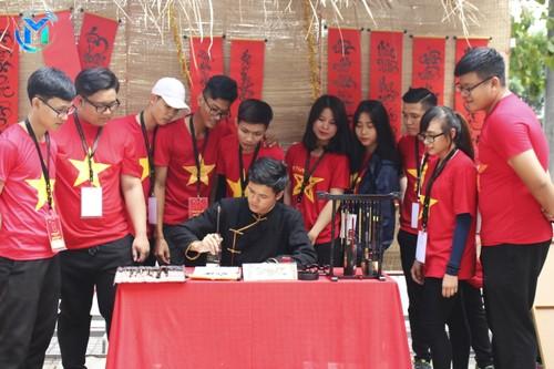 Dô Nhât Thinh: la calligraphie prend un coup de jeune   - ảnh 2