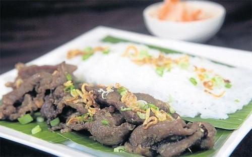 Quán bún bò của đầu bếp Việt kiều được ưa thích nhất ở Bangkok - ảnh 1