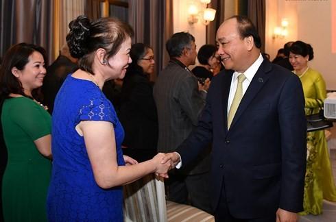Thủ tướng gặp gỡ đại diện cộng đồng người Việt tại Đan Mạch - ảnh 2