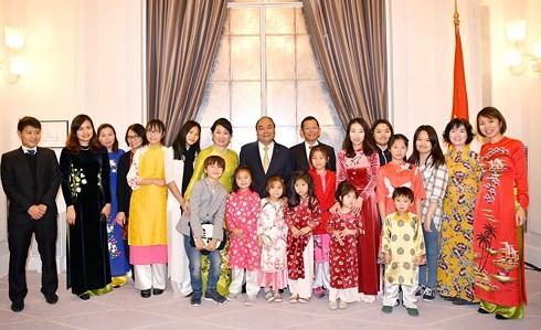 Thủ tướng gặp gỡ đại diện cộng đồng người Việt tại Đan Mạch - ảnh 3