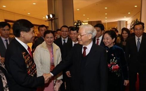 Tổng Bí thư, Chủ tịch nước Nguyễn Phú Trọng dự chương trình Xuân Quê hương - ảnh 1