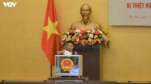 Chủ tịch Quốc hội Nguyễn Thị Kim Ngân dự lễ phát động quyên góp ủng hộ đồng bào các tỉnh miền Trung - ảnh 1
