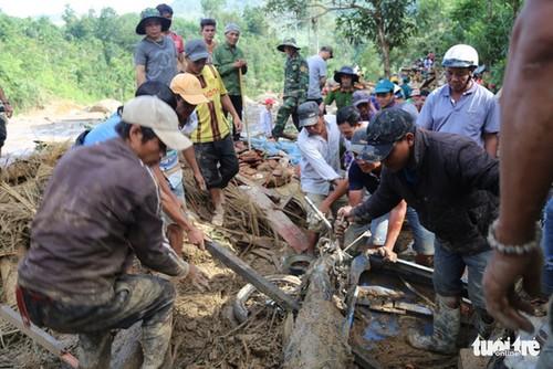 Thủ tướng Nguyễn Xuân Phúc yêu cầu khẩn trương cứu nạn sạt lở đất ở Quảng Nam - ảnh 1