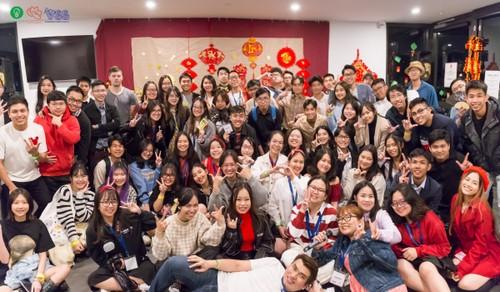 Sinh viên Việt Nam tại Australia đón Tết sum vầy, chia sẻ yêu thương - ảnh 1