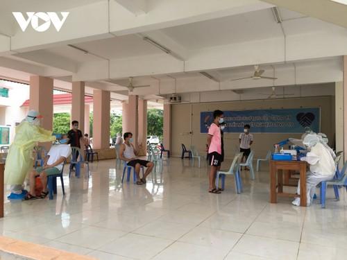 Người Việt tại Lào chung tay vượt qua đại dịch - ảnh 2