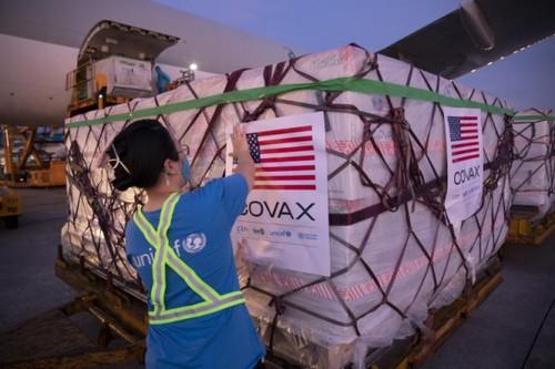 Việt Nam tiếp nhận hơn 3 triệu liều vaccine Moderna của Mỹ qua COVAX - ảnh 1