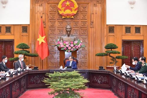 Thủ tướng đề nghị Pháp tăng cường hỗ trợ Việt Nam về vaccine, nâng cao năng lực y tế và phát triển công nghiệp dược - ảnh 2