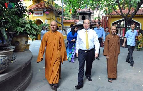 Sự phát triển mạnh mẽ của Phật giáo là minh chứng rõ nét cho tự do tôn giáo ở Việt Nam - ảnh 1