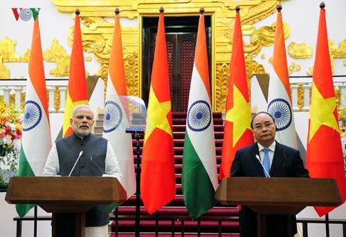 """Quan hệ Việt Nam - Ấn Độ nâng cấp quan hệ """"Đối tác chiến lược"""" lên """"Đối tác Chiến lược Toàn diện"""" - ảnh 2"""