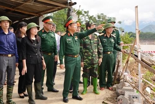 Phó Chủ tịch Quốc hội Đỗ Bá Tỵ chỉ đạo công tác khắc phục hậu quả mưa lũ tại Yên Bái - ảnh 1