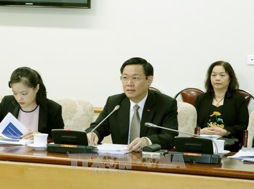 Phó Thủ tướng Vương Đình Huệ làm việc với các chuyên gia của ILO - ảnh 1