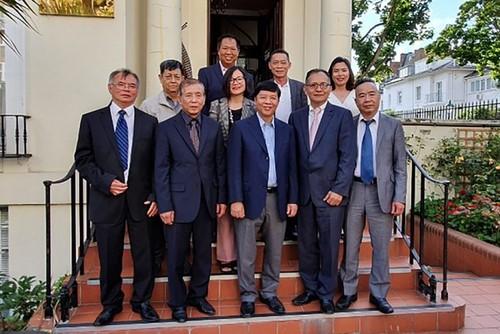 Thứ trưởng Ngoại giao Nguyễn Quốc Cường thăm và làm việc tại Vương quốc Anh    - ảnh 1