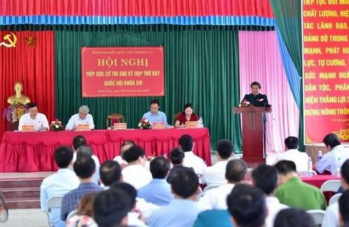 Phó Chủ tịch Thường trực Quốc hội Tòng Thị Phóng tiếp xúc cử tri tại Sơn La - ảnh 1