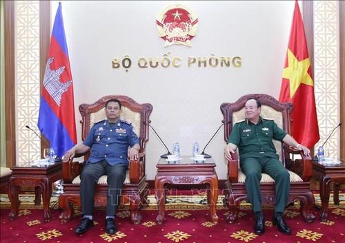 Việt Nam luôn coi trọng và phát triển quan hệ đoàn kết với Campuchia - ảnh 1