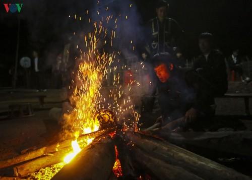 Lễ Nhảy lửa (Nhìang Chằng Đao) của người dân tộc Dao đỏ tại Điện Biên - ảnh 3