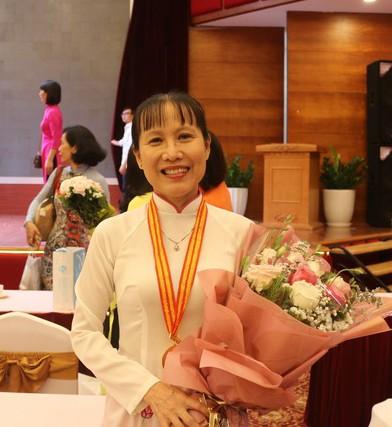 Giải thưởng Phụ nữ Việt Nam vinh danh các cá nhân, tập thể xuất sắc - ảnh 1